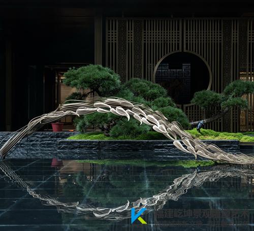 广西大唐臻观不锈钢鱼群雕塑